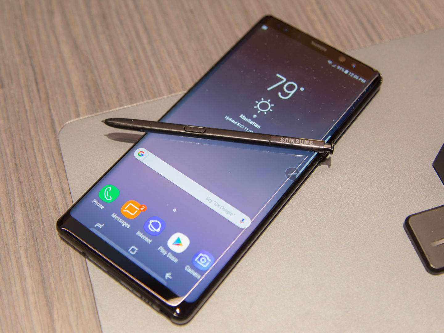 Samsung Note8 came ,but haven't we seen it before
